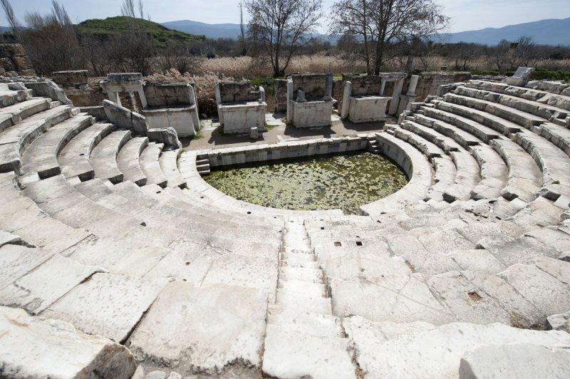 Aphrodisias March 2011 4517.jpg