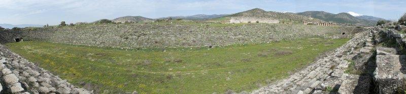Aphrodisias March 2011 Stadion Panorama1.jpg