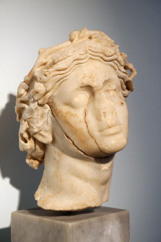 Aphrodisias Museum March 2011 4705.jpg