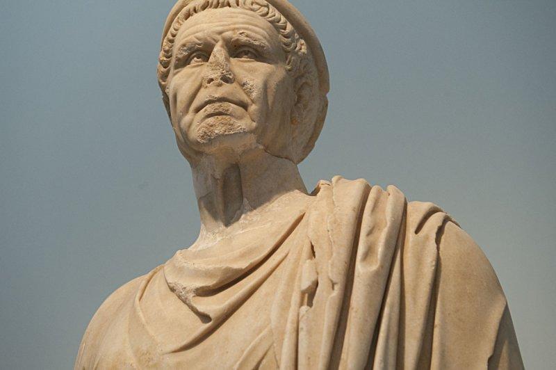 Aphrodisias Museum March 2011 4718.jpg