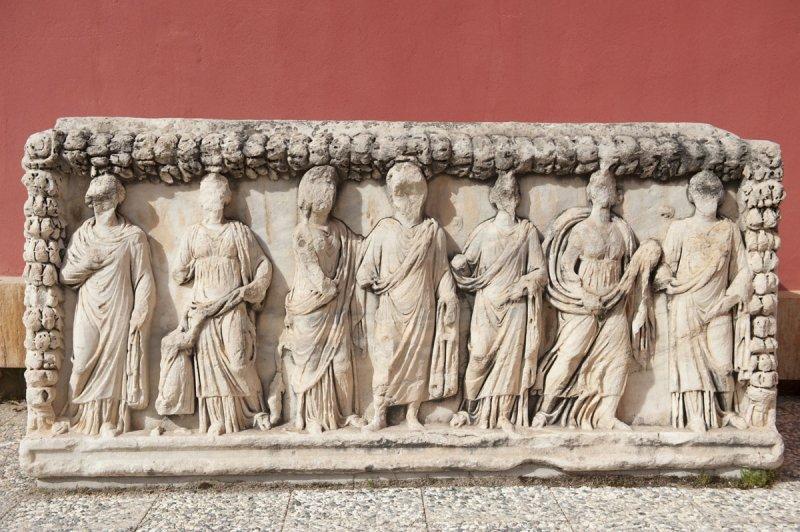 Aphrodisias Museum March 2011 4721.jpg