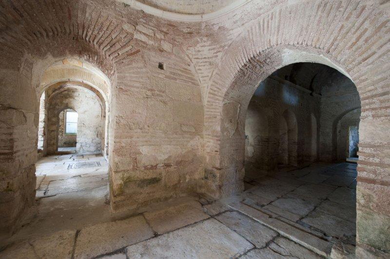 Myra Saint Nicolas church March 2011 5902.jpg
