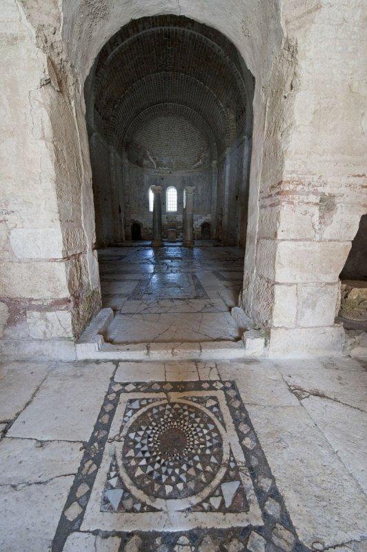 Myra Saint Nicolas church March 2011 5911.jpg