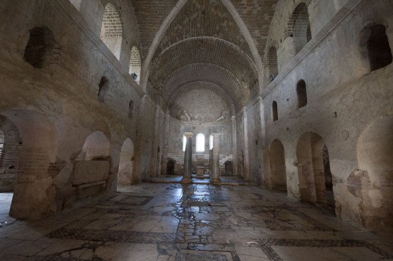Myra Saint Nicolas church March 2011 5913.jpg