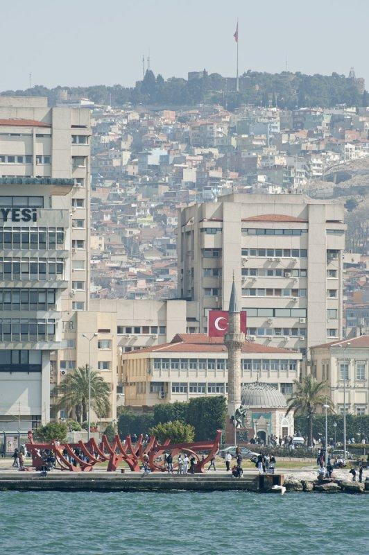 Izmir March 2011 6444.jpg
