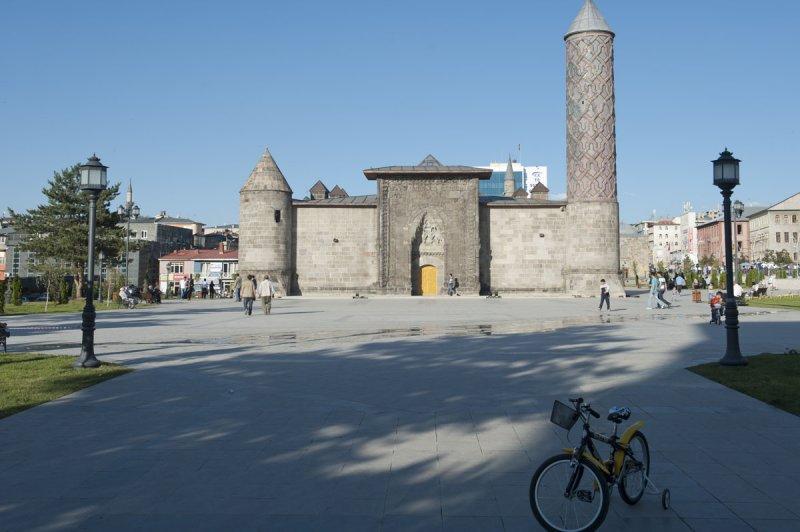 Erzurum june 2011 8493.jpg