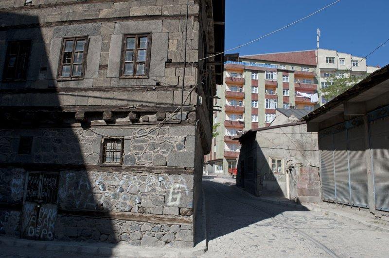 Erzurum june 2011 8634.jpg