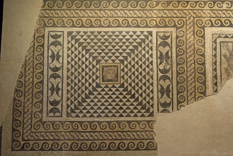 Gaziantep Zeugma Museum December 2011 1842.jpg
