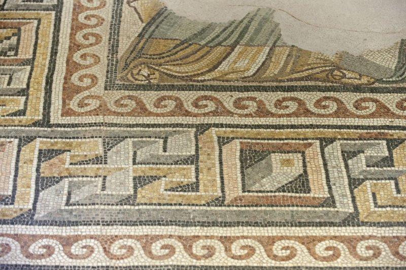 Gaziantep Zeugma Museum December 2011 2076.jpg