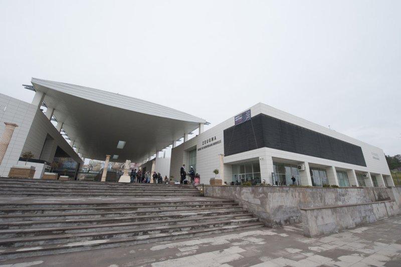 Gaziantep Zeugma Museum December 2011 2123.jpg