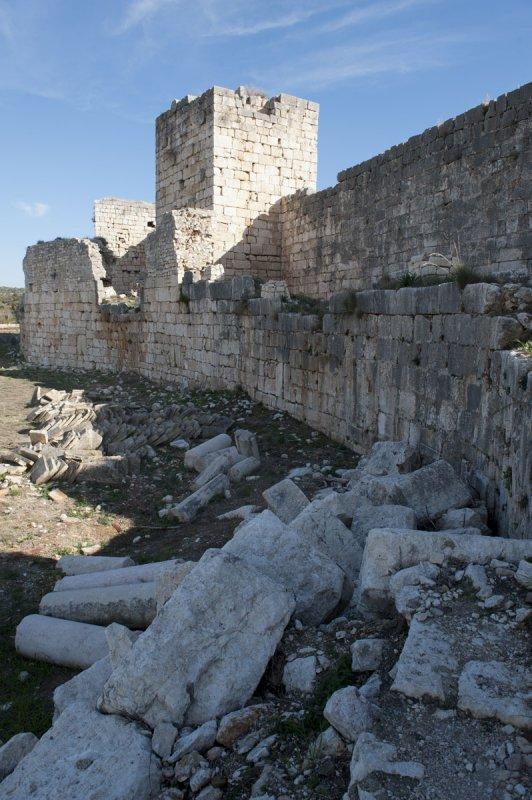 Kizkalesi and Ayas December 2011 1119.jpg