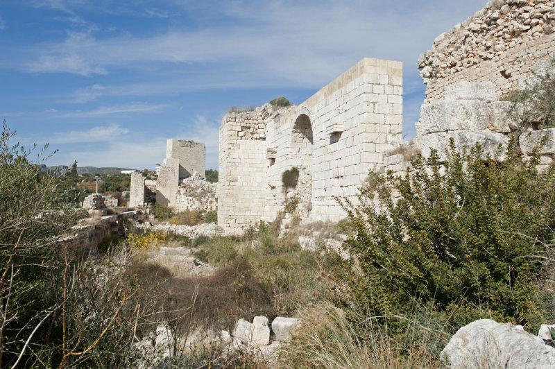 Kizkalesi and Ayas December 2011 1186.jpg