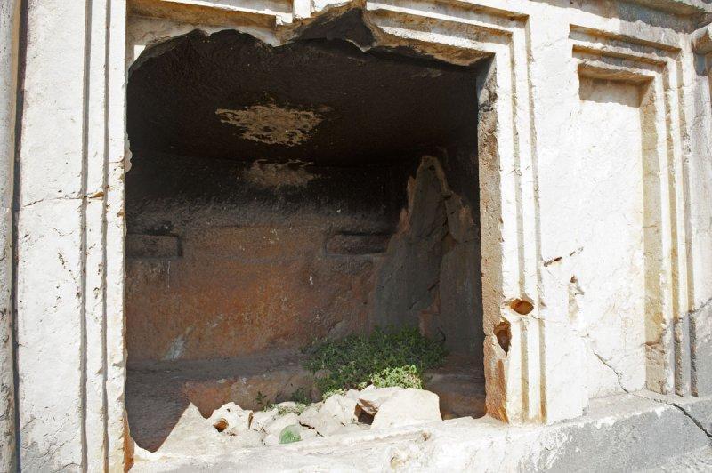 Limyra march 2012 5133.jpg