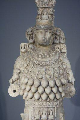 Selcuk Museum March 2011 3878.jpg