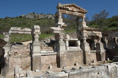 Ephesus March 2011 3728.jpg