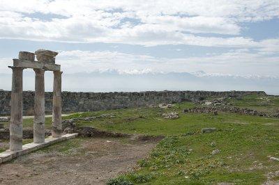Hierapolis March 2011 4844.jpg