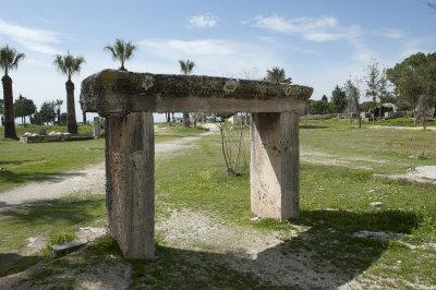 Hierapolis March 2011 4888.jpg