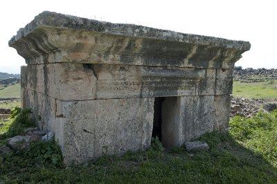 Hierapolis March 2011 4903.jpg