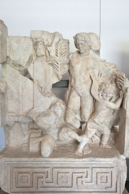 Aphrodisias Museum March 2011 4655.jpg