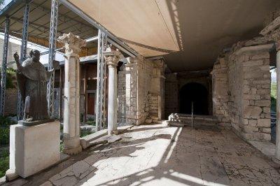 Myra Saint Nicolas church March 2011 5941.jpg