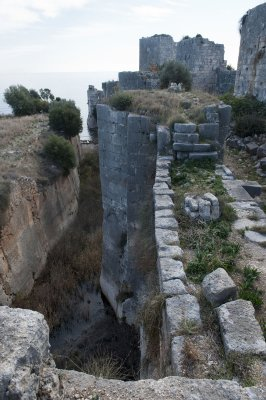 Kizkalesi and Ayas December 2011 1136.jpg