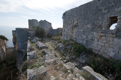 Kizkalesi and Ayas December 2011 1140.jpg