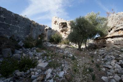 Kizkalesi and Ayas December 2011 1147.jpg
