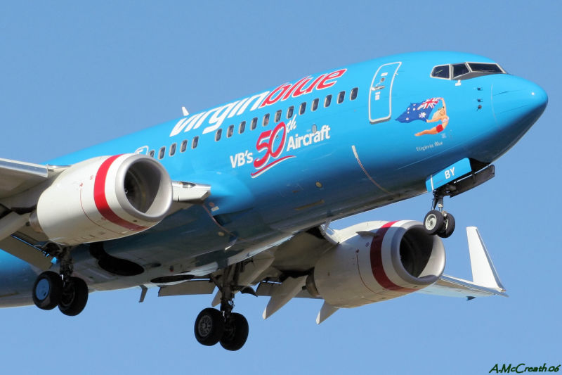 VH-VBY - Virgin Blues 50th Jet (737) - Williamtown