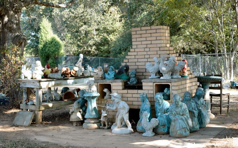 statues around the grill.jpg