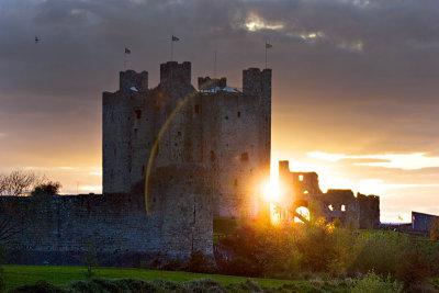 Last Rays - Bravehearts Castle