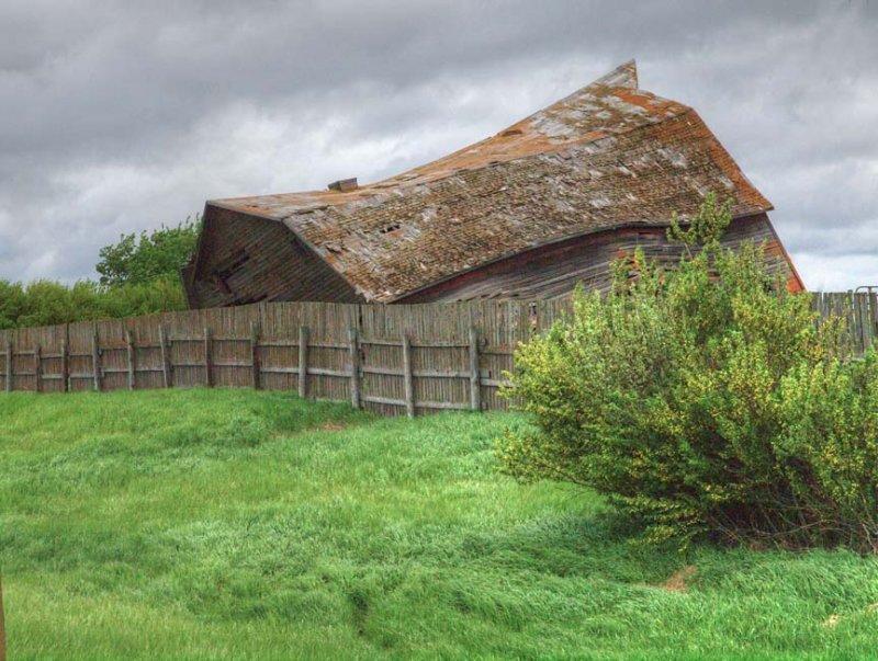 Old farm 6102956