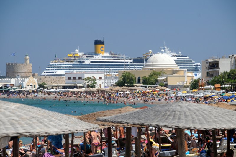 Rodos Town Eli Beach