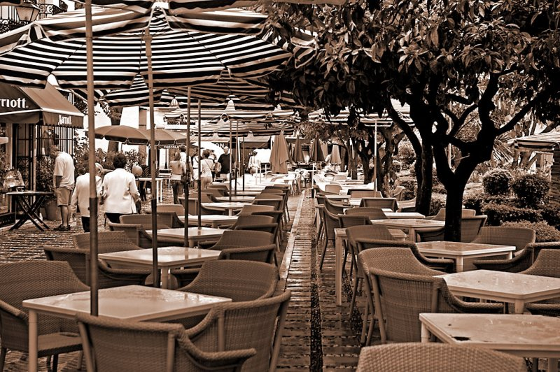 Empty tables, Marbella old town