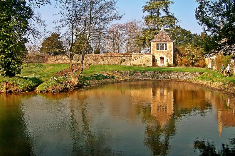 Pond and wall, Great Chalfield Manor