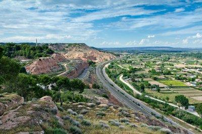 Road and rail, Tudela