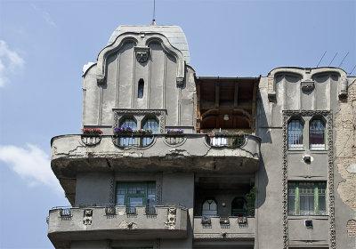 Marvelous building (1)