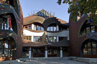 SÁROSPATAK, Árpád Vezér College, Imre Makovecz