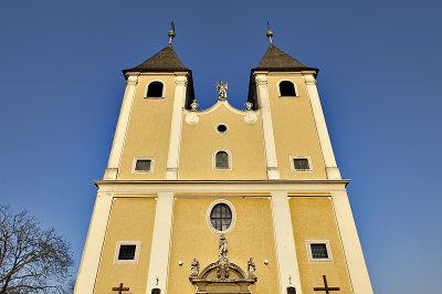 Fert&#337széplak, Roman Catholic church