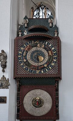 Church of St. Mary, astronomical clock
