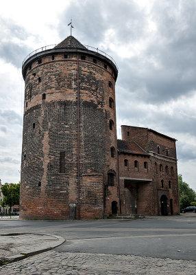 Tower, far side of Motława River
