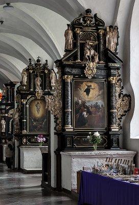 Oliwa Cathedral, 23 altars