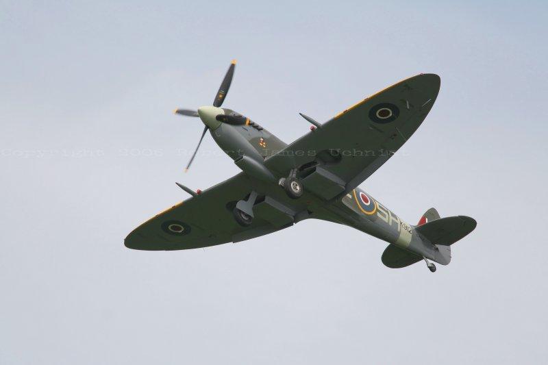 Spitfireflight5full size.JPG