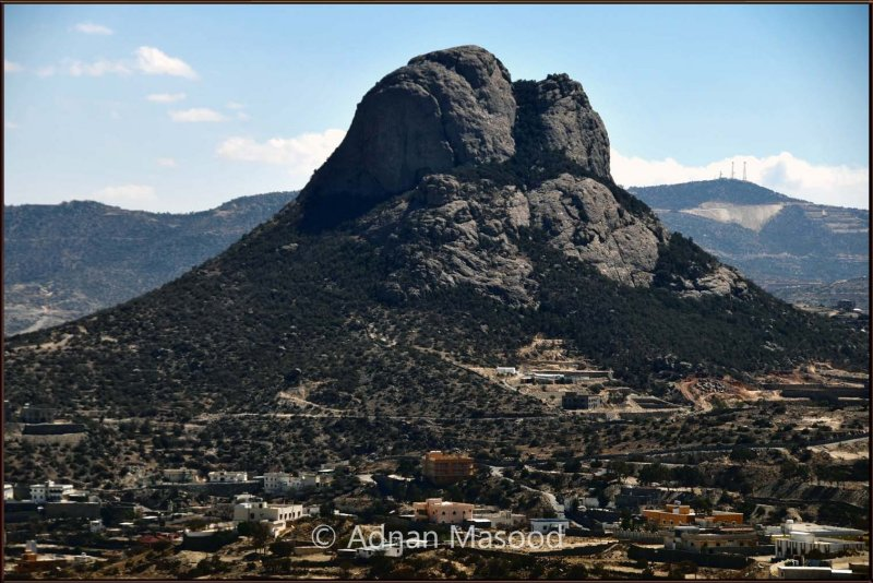 Mountain in Bani Umro.jpg