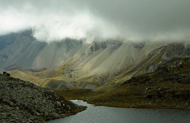 le lac long, alt. 2400 m.