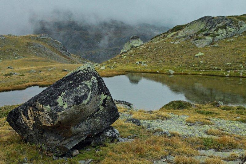 lac long, alt 2383 m.