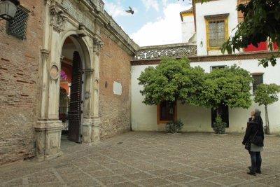 casa de pilatos, entry