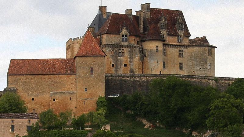 Chateau-De-Biron_16-5-2010 (5)a.jpg