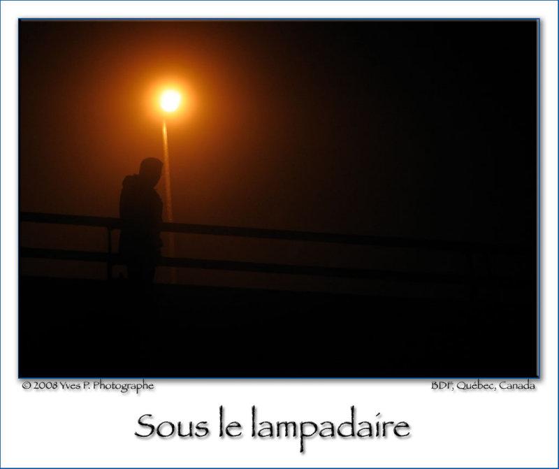 Sous le lampadaire (2)