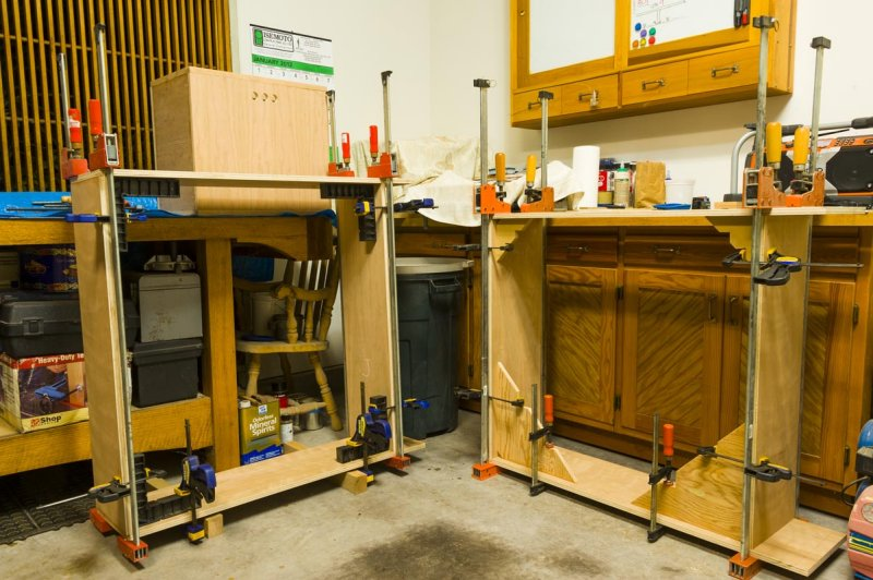 bookcase glue up