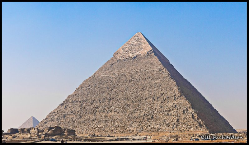 pyramid of Khafre.jpg